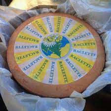 Raclette Pasteurized Milk Whole Wheel (+/- 7/8kg)